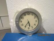 Uhr mit Batterie - Stuttgart