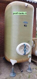 P60 gebrauchter 4.000 L Polyestertank GFK-Tank Staffelstein-Tank oberirdisch stehend Lagerbehälter Wassertank AHL-/ASL-Tank Flüssigfuttertank Molketank Melassetank Rapsöltank Regenwassertank