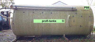 P88 gebrauchter 35.000 L Polyestertank GFK-Tank Reich-Tank kombiniertes Salzsilo mit Trichter inkl. Soleerzeuger vertikal stehender Lagertank - Nordhorn
