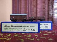 2 Güterwagen - Waggons VEB Leipziger Modellbahnbau / DDR Modelleisenbahn Spur N - Zeuthen