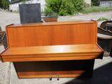 Klavier Marke Hupfeld Modell Carmen / Klavier neuerer Bauart um 1970