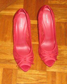 High Heels /peeptoes / Pumps /Schuhe / damen / gr. 39 - München