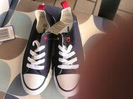 Sneaker Gr. 33 Blau NEU - Hameln