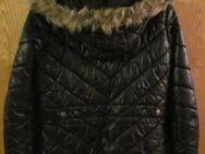 Gr. S /36: Winter-Jacke mit Kapuze, schwarz, TCM, wenig getragen - München