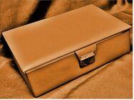 Schmuckkästen aus den 1970er Jahren - orangegelb - ca. 24 x 17,5 x 7,5 cm - Groß Gerau