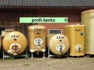 Wassertanks für Spritzen 3.000 L, 4.000 L, 5.000 L, 6.000 L und mehr Polyestertanks GFK-Tanks gebraucht Spritzentanks Lagerbehälter Feldspritze Fass - Nordhorn