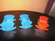 3 kleine DDR Puppenwiegen / Puppenstuben Möbel / 2 x rot, 1 x blau / Spielzeug - Zeuthen