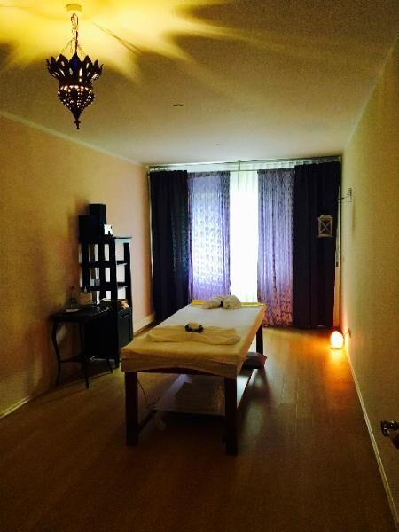 Chinesische traditionelle Massagen 015214984683 - München