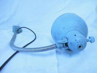 Schreibtischlampe Kaiser ideell 1950 / Werkstattlampe Bakelit funktionstüchtig - Zeuthen