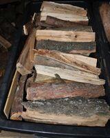 Brennholz / Ofenholz 20-25cm Länge gemischt, trocken pro 65dm³