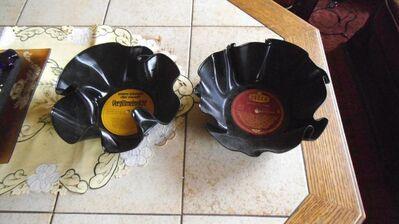 2 Vinyl schüsseln  retro - Kassel