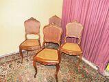 Antike Stuhlgruppe 1900 / vier geschnitzte Holzstühle mit Wiener Korbgeflecht