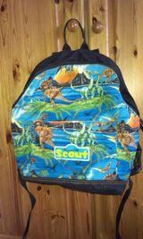 Kinder-Rucksack - Scout ca 25 l  mit Dinomotiven + Sporttasche
