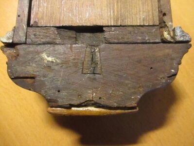 Antikes Wandkästchen für Schlüssel - Lich Zentrum