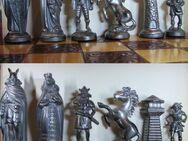 Schach Schachspiel Zinn Figuren Germanen und Mittelalter m Brett - Spraitbach