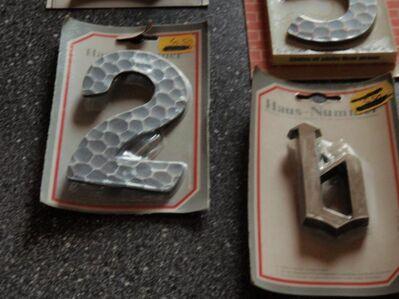 Hausnummer 7,schwarz - bronce - Ulmen