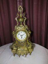 Schöne, antike Kaminuhr um 1900 / antike Messinguhr / Uhr im Barockstil