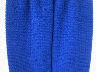Gr. 38/40: 3 nwtg./neue Kostüme, Made in France - München