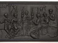 Metal-Guss-Reliefplatte, Haushaltsszene. 1,4 Kg - Münster