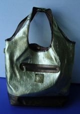 Handtasche im Goldeffekt, wie  neu, da noch unbenutzt