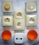 022 div. Unterputz Dosen, Sensor ein-aus Schalter, usw, -50%, Top 022