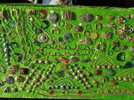 Großes Konvolut von ca. 110  verschiedenster Gürtelschnallen und Gürtelschließen - Zeuthen