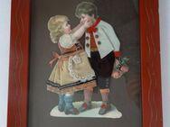 Bild-Collage, Bilderrahmen, junges Pärchen aus Stoff und Papier, Chromolithographie, Mädchen, Junge - Königsbach-Stein