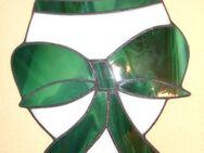 Fensterbild aus Tiffanyglas Osterei