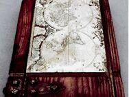 Buch-Atrappe aus Massiv-Holz (gebeizt) - mit Metallbeschlägen / Weltkarte - ca. 15 x 24 x 7,5 cm - Groß Gerau