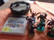 Skylander Spyros Adventure PS3 CD,Portal und 7 Figuren - Euskirchen