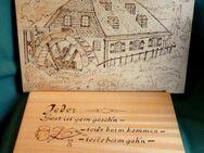 2 rustikale Wandtafeln mit Brandmalerei- Motiven auf Holz - Niederfischbach