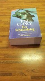TOM CLANCY - Der Schattenkrieg. Broschierte Ausgabe v. 1989, Goldmann Verlag.