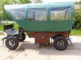Neuer Planwagen mit Traktorrädern