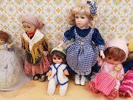 Deko-Puppen 8 Stück Sammlerpuppen verschieden groß, sehr alt - Kaufbeuren