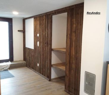 Sonnenverbrannte Bretter, Schalung, antik Holz, Altholz, Holz, alte Holzbretter - Herrnhut Zentrum