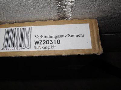 Wachmaschinen - Trockner - Verbindungssatz - Wiesbaden