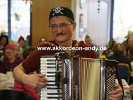 Akkordeonspieler: Ihr Spezialist für Seniorenheime - Münster
