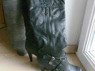 Damen Stiefel Gr. 38 High Heels schwarz Kunstleder sehr gut erhalten 9,- - Flensburg