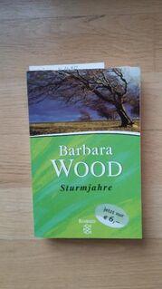 Sturmjahre. Broschierte TB-Sonderausgabe v. 2002. Fischer Taschenbuch Verlag. Barbara Wood (Autorin) - Rosenheim