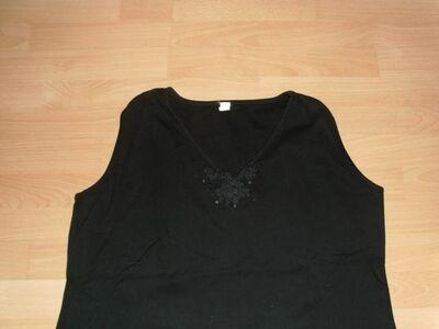 Top, schwarz mit Stickerei, Gr. 48/50 - Bad Harzburg