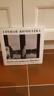 Parklandschaften in München. Gebundene Ausgabe, Mahnert Lueg – 1983 von Michael Petzet (Autor), Lothar Konietzka (Fotograf) - Rosenheim