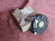 unbenutzte DDR-Schleifeinrichtung ZSE250 für Handbohrmaschinen - Bad Belzig