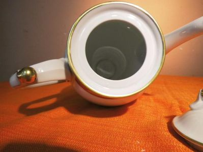 Kaffeekanne FREIBERGER PORZELLAN / Moccakanne, Porzellan, Goldverzierung / NEU - Zeuthen