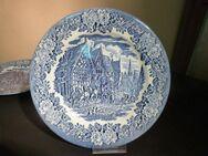 Alter Keramik Speiseteller IRONSTONE / Teller blau, mittelalterliche Szene - Zeuthen