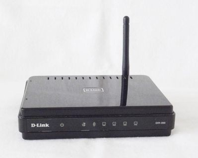 D-Link DIR-300 Wireless G Router - 4xLAN-Port - 10/100 Mbit/s - 2,4 GHz / OVP - Andernach