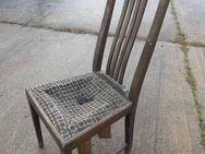 Antiker Holzstuhl aus Eiche massiv / Stuhl aus der Zeit um 1920 zum Restaurieren - Zeuthen