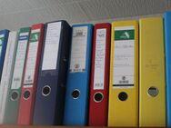 mehrere Umzugskartons voller gebrauchter gut erhaltener Aktenordner Stück für 30 Cent - Bad Belzig Zentrum