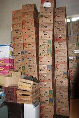 stabile stapelbare Umzugskartons; Bananenkartons, Bananenkisten