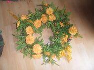 Wunderschöner Türkranz  gelbe  Blüten - Neunkirchen Zentrum