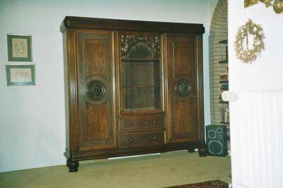 Antiker Wohnzimmerschrank mit Schreibtisch - Thedinghausen